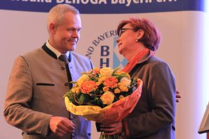 BHG Ehrennadel in Gold für Andrea Luger